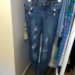 Old Navy topped rockstar jeans size 0